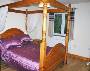 Master Bedroom at The Stables Holiday Cottages, Bodmin